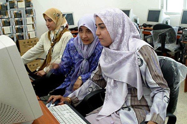 دانشجویان غیرایرانی - خارجی