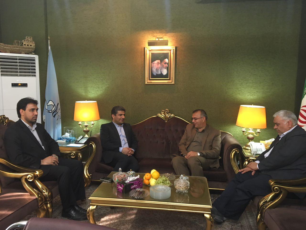 نشست مشترک مدیرعامل منطقه آزاد چابهار، مدیرکل مالی دانشگاه پیام نور و رئیس دانشگاه پیام نور سیستان و بلوچستان