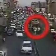 دوربین دوازه دولت و لحظه سیلی خوردن سرباز راهوار از عنابستانی